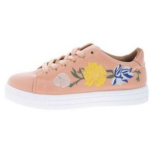 EMBROIDERED FLORAL ROUND TOE FASHION SNEAKERS